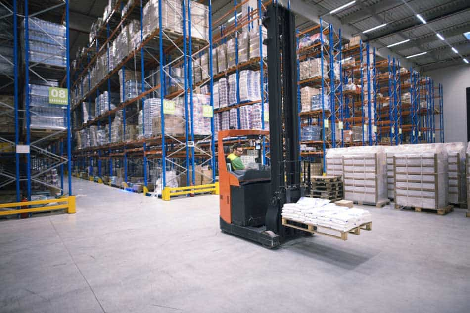 Warehouse using MRP - Example of Inventory Management in Dynamics NAV